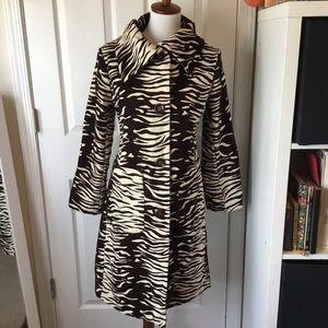 Zebra coat. Button closure.